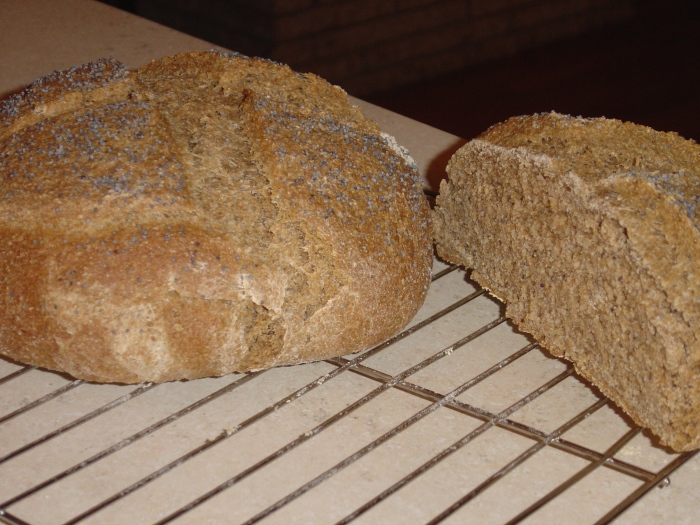 Pumpernickel bread (1)